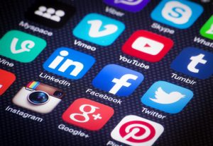 Most effective tactics increase engagement and growing followers in social networks