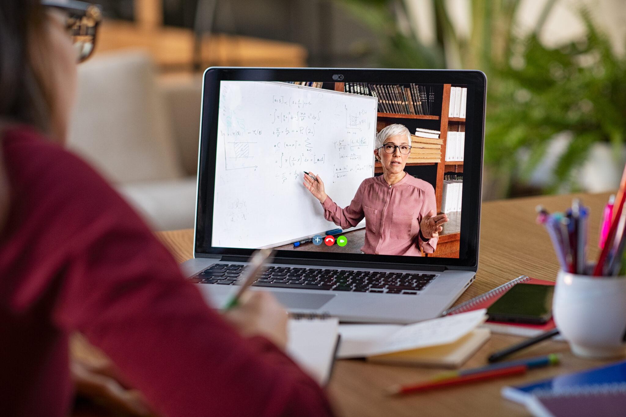 How Do I Market Myself As An Online EFL Teacher?