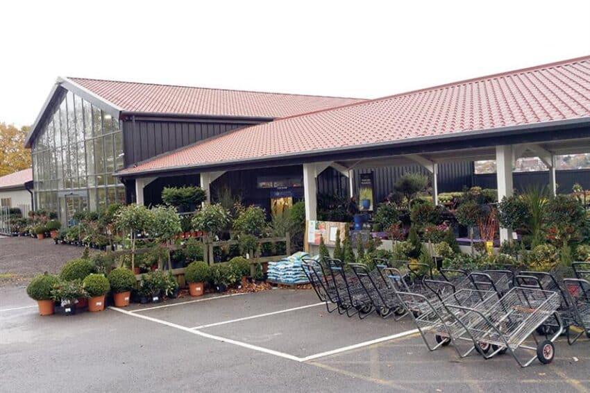 Bonnetts garden centre
