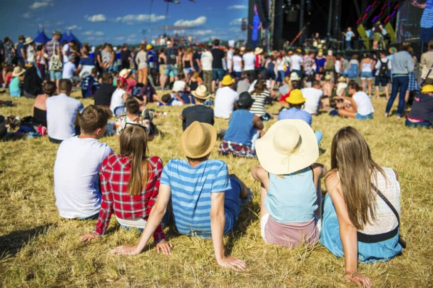 How to Plan a COVID-safe Outdoor Event