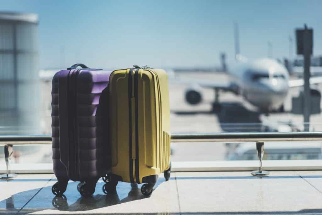 Helpful Tips to Start a Luggage Delivery Business in the UK