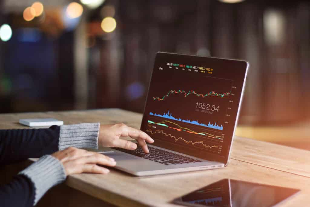Online Trading In The 21st Century: Learn How To Excel As A Trader