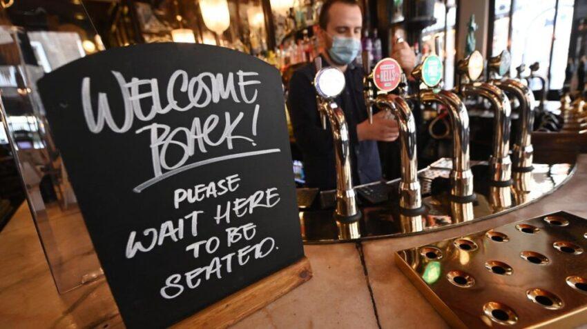 UK Pubs positive