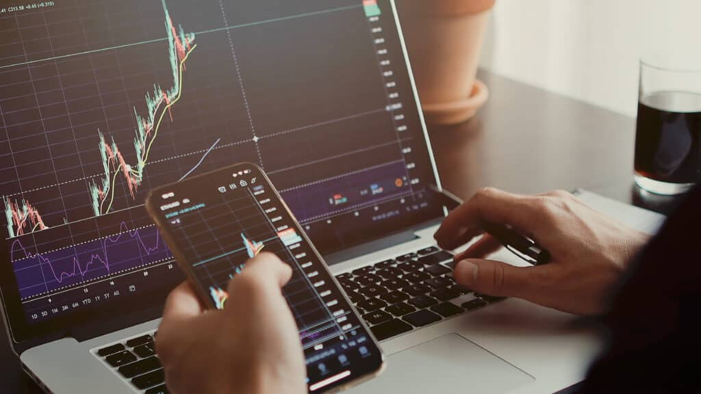 Do Trading Simulators Make Traders More Successful?