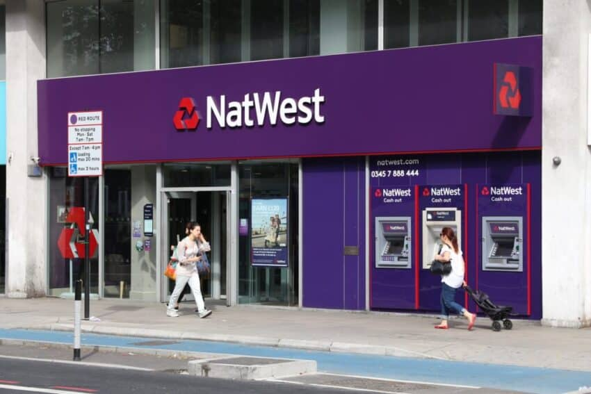 Treasury sells NatWest stake at a discount to raise £1BN