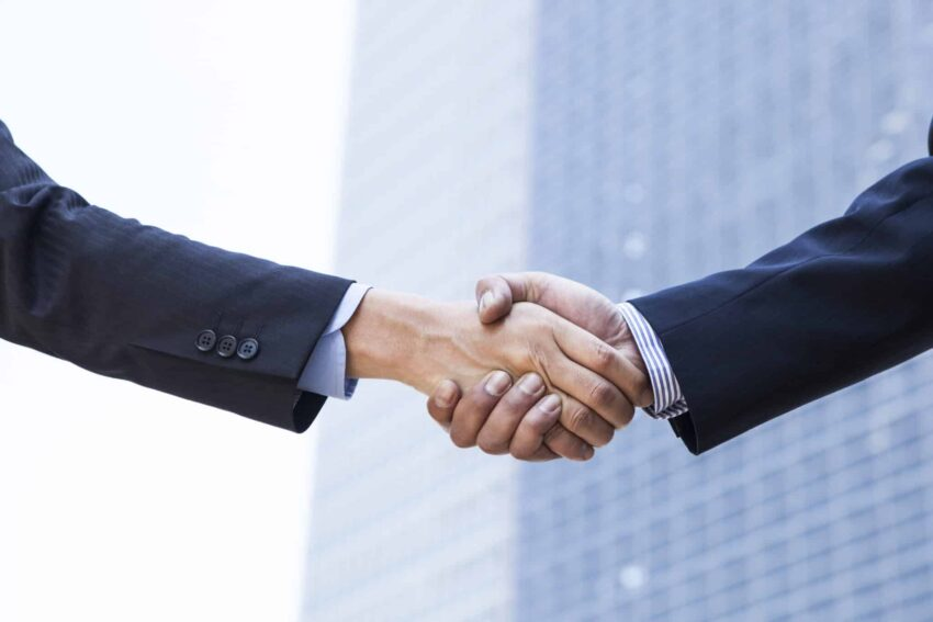 Sell, merge or keep your business? Find what's the best option for you