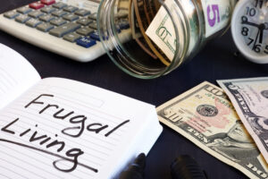 Useful frugal living tips to save money