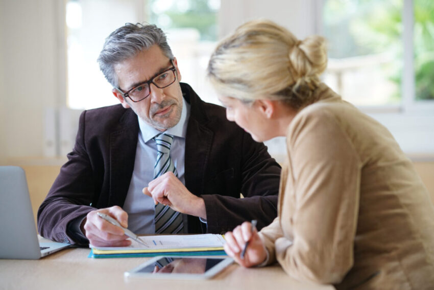How to find the right financial advisor: 5 professional tips