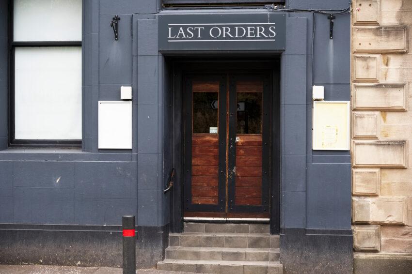 10,000 licensed premises close